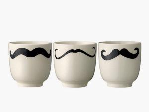 unas-tazas-con-bigotes_ampliacion...micasarevista